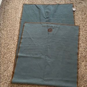 Accessories - Skidless by Yogitoes yoga mat towel